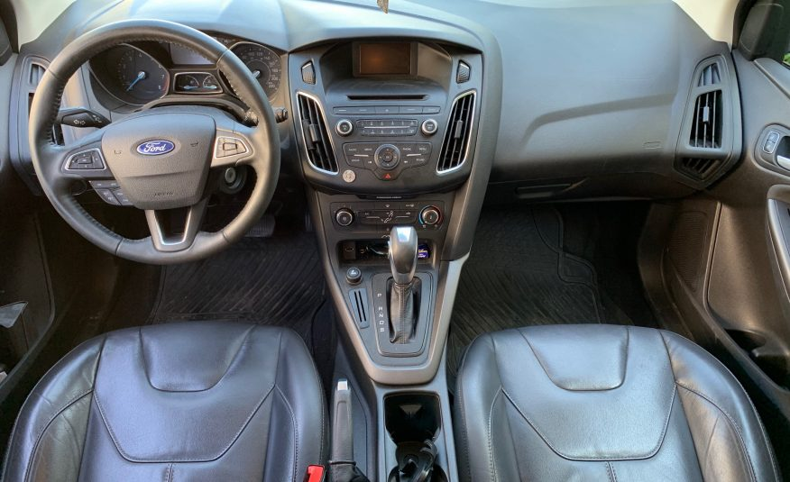 Ford Focus AT 2000cc 2016
